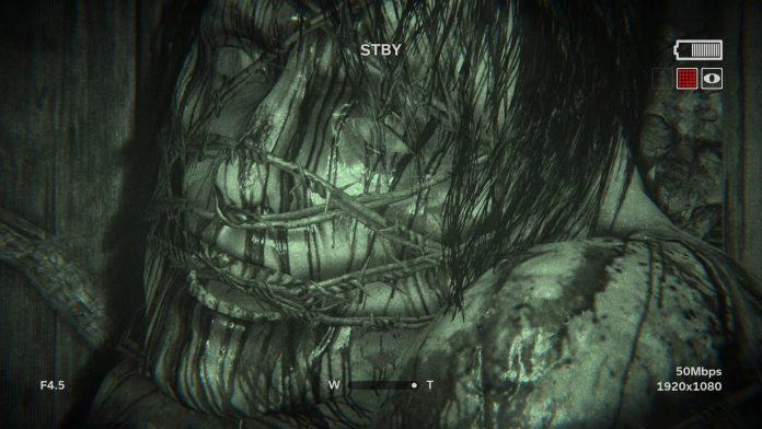 Outlast 2 Review Gameplay