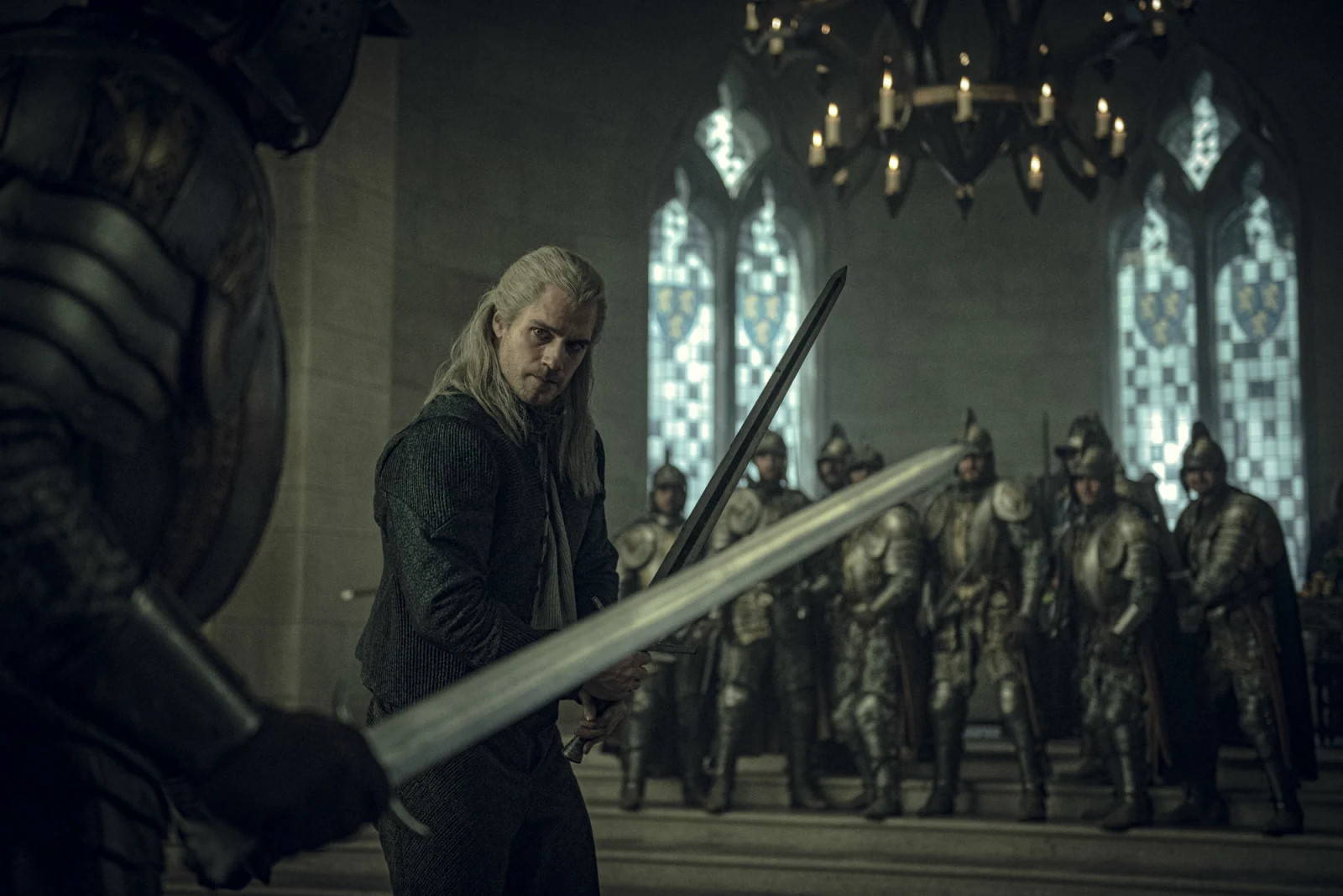 the witcher netflix geralt kampf neue bilder